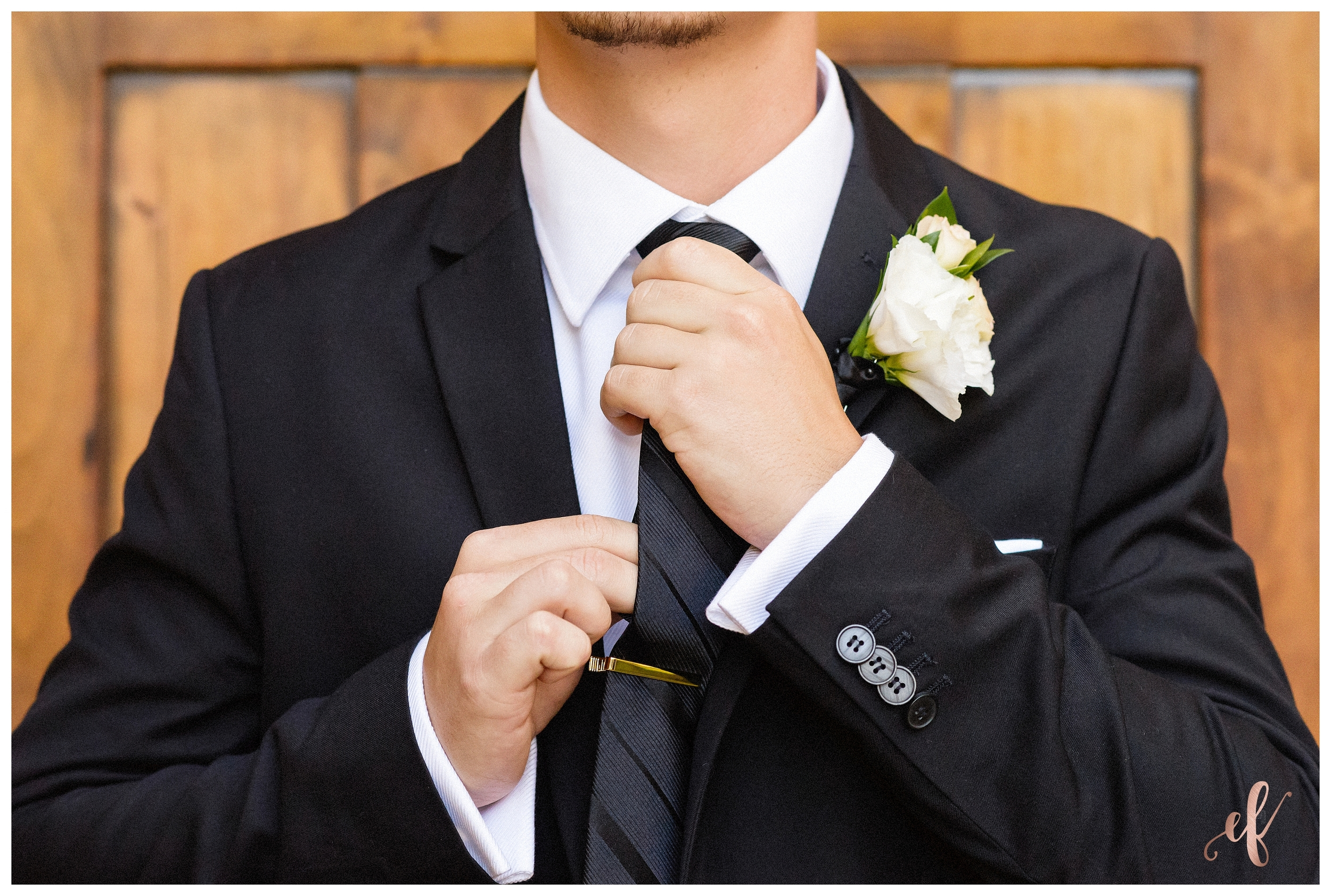 San Diego Wedding Photographer   Ernie & Fiona Photography   Groom   Pose   Tying Tie