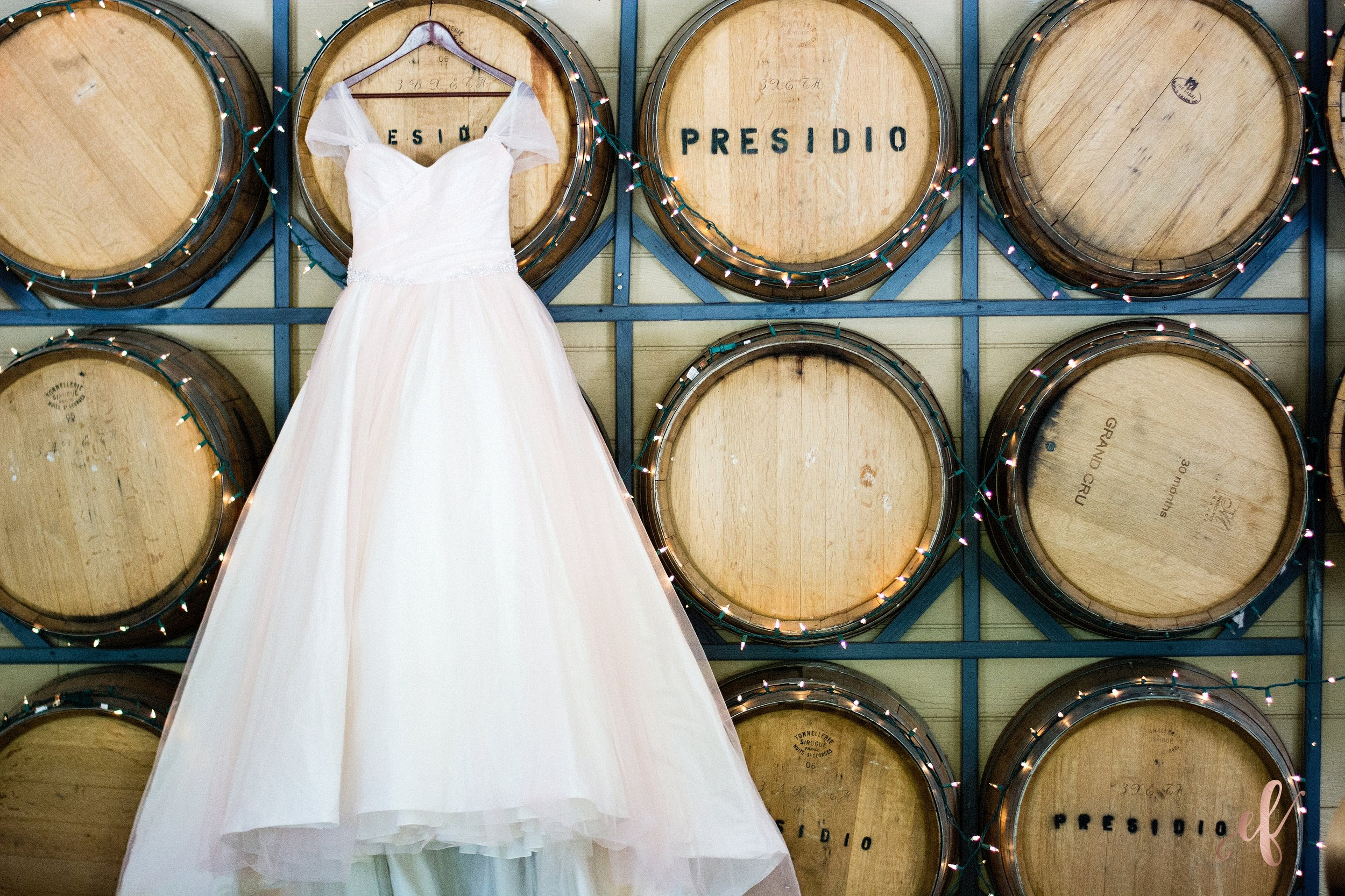 San Diego Wedding Photographer | Temecula Coach House | wedding dress