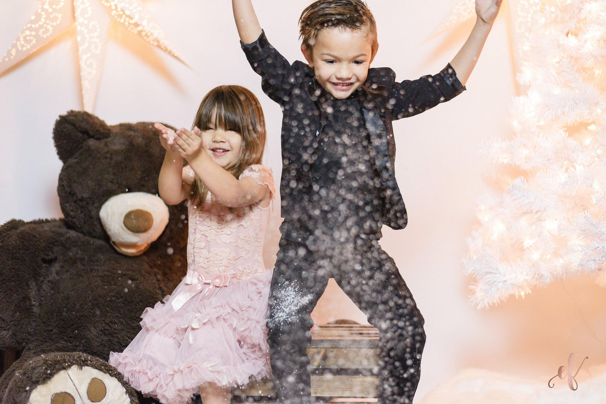 San Diego Portrait Photographer | Studio | Christmas | Snow | Ernie & Fiona Photography