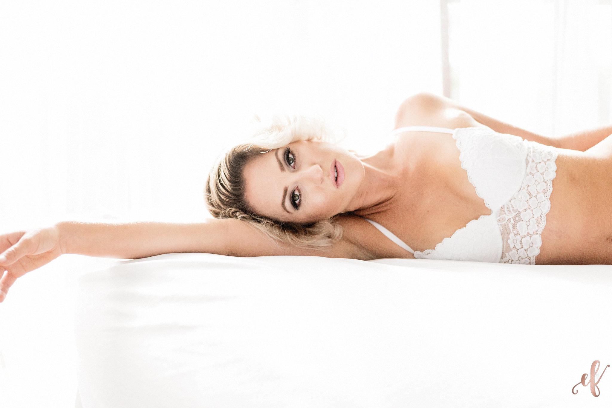 San Diego Boudoir Photography | White Sheets