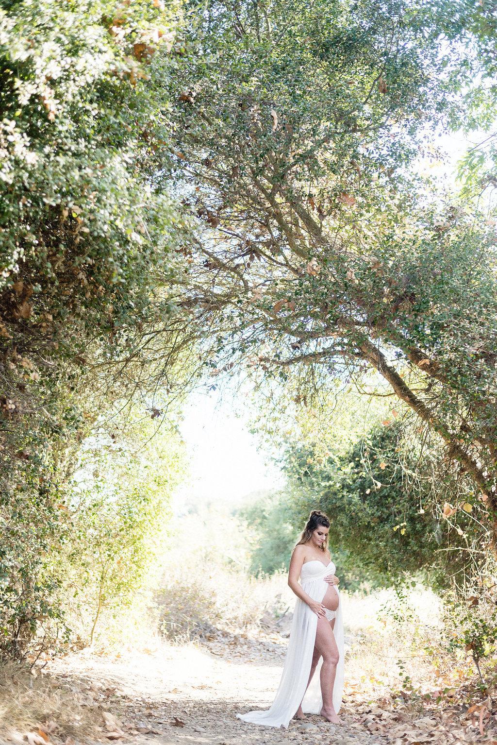 San Diego Portrait Photography | Maternity Photo Shoot | Ernie & Fiona Photography | Marian Bear Park