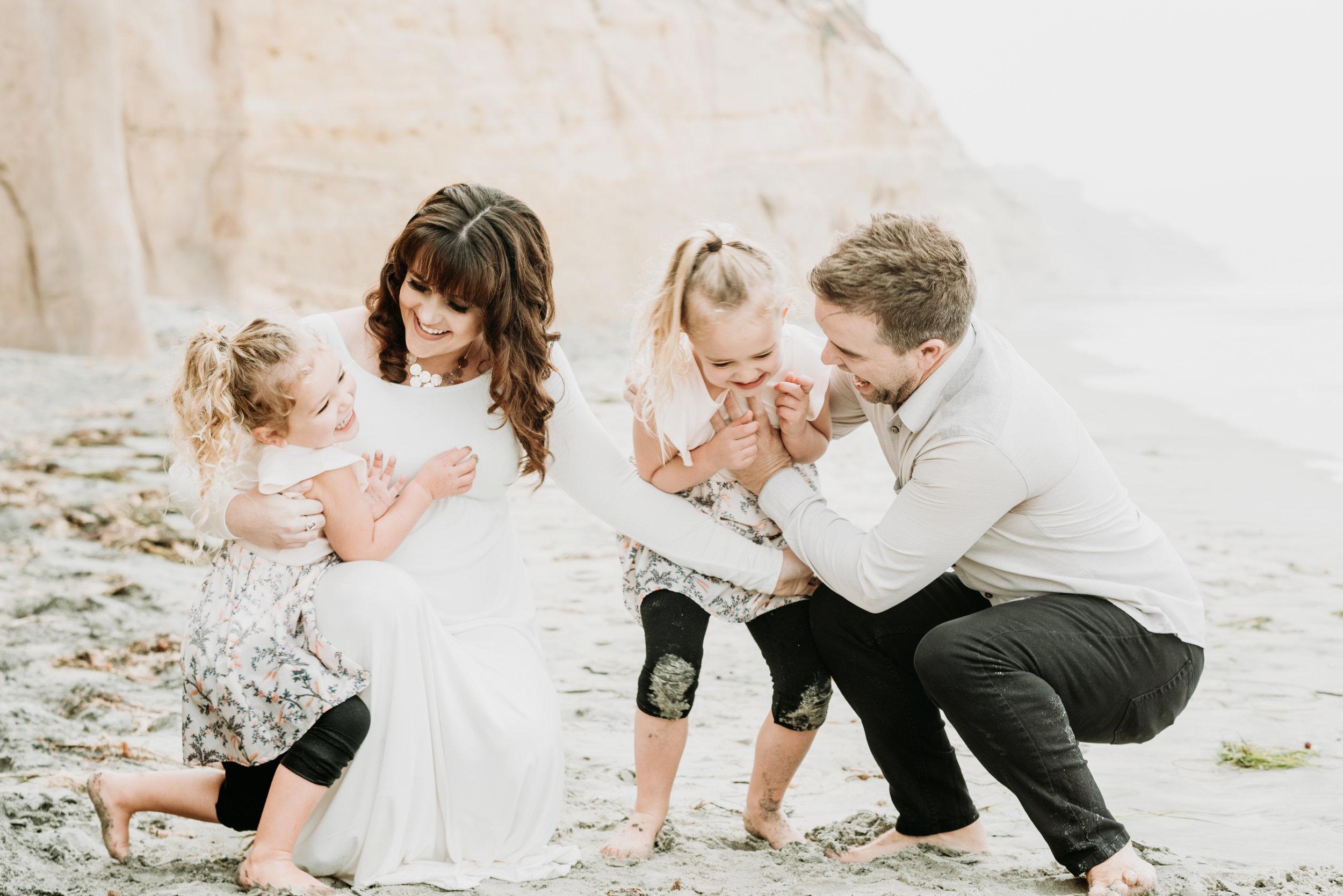 San Diego Maternity Photo Shoot | Solana Beach | Ernie & Fiona