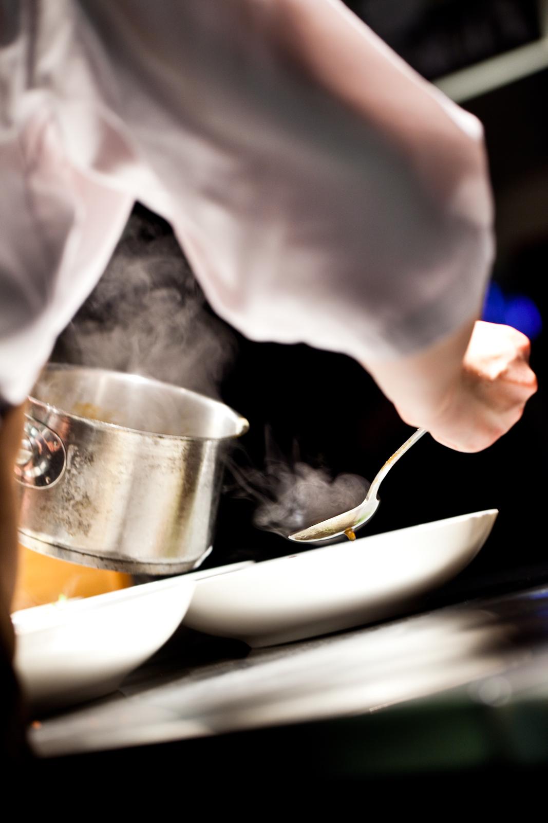 Restaurant_damp2(h).jpg