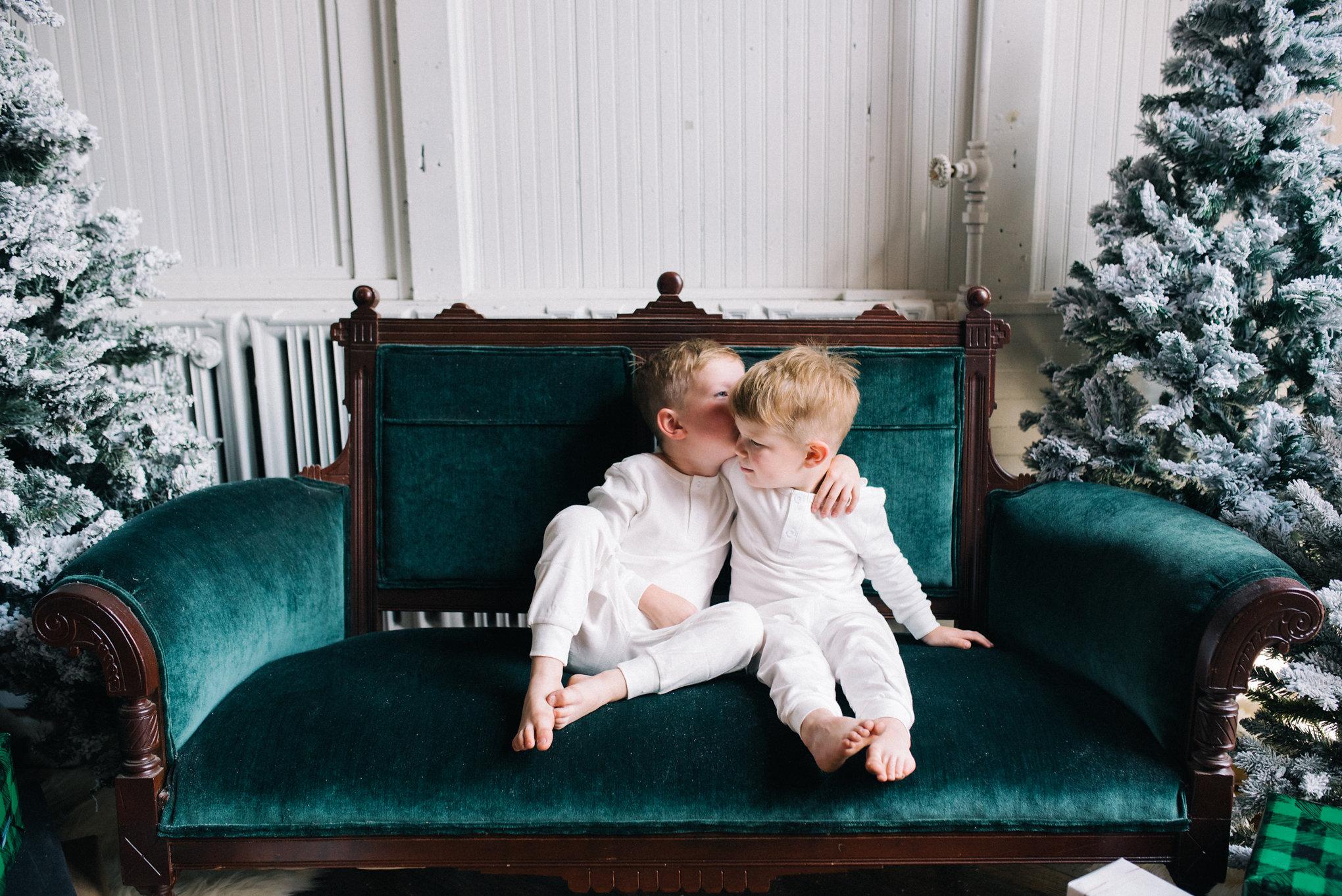 Tonya Espy, Holiday Sets 2018