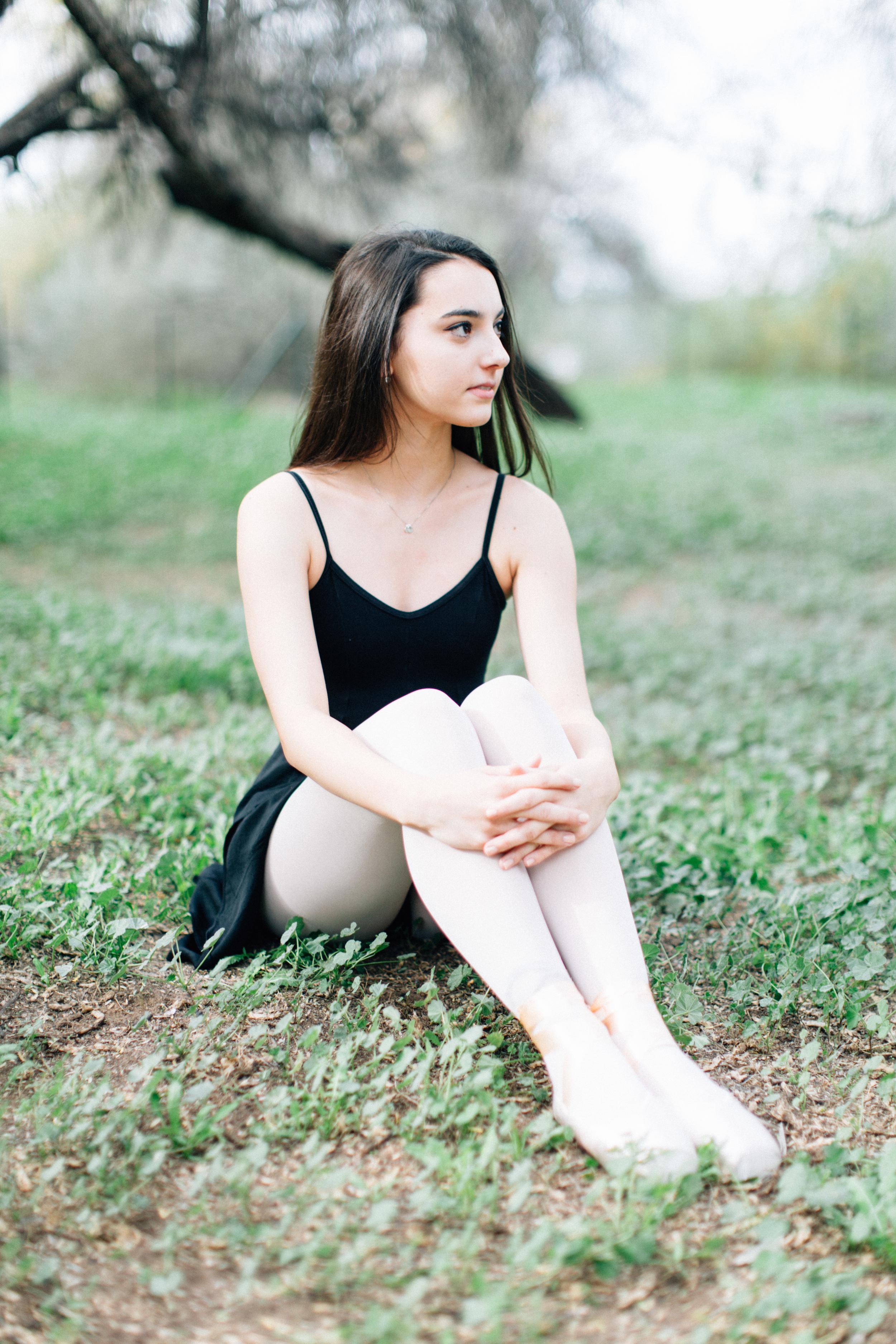 CharlotteJennaSeniorShoot-11.jpg