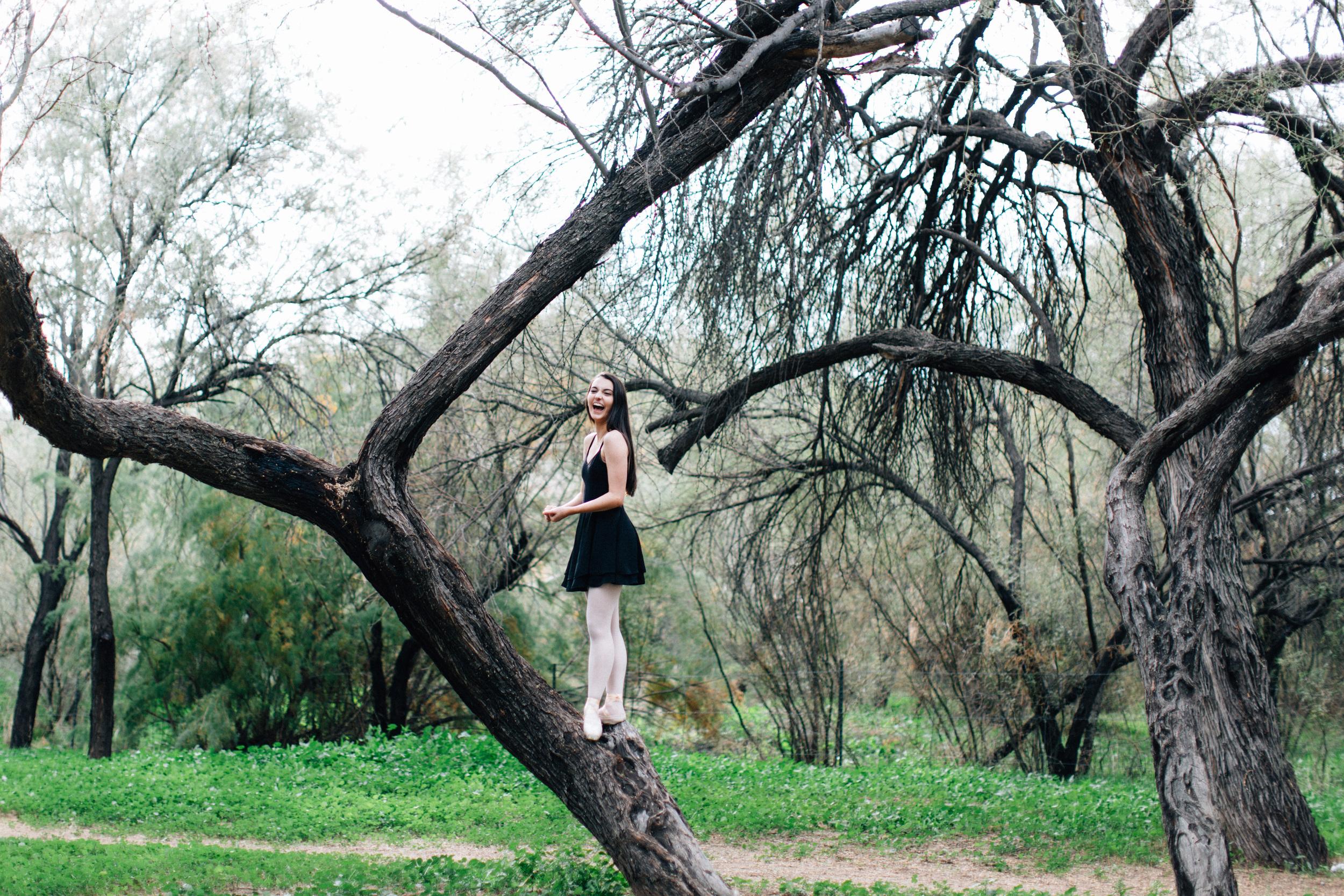 CharlotteJennaSeniorShoot-33.jpg