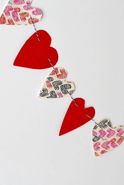 duct-tape-heart-bunting-1544644688.jpg