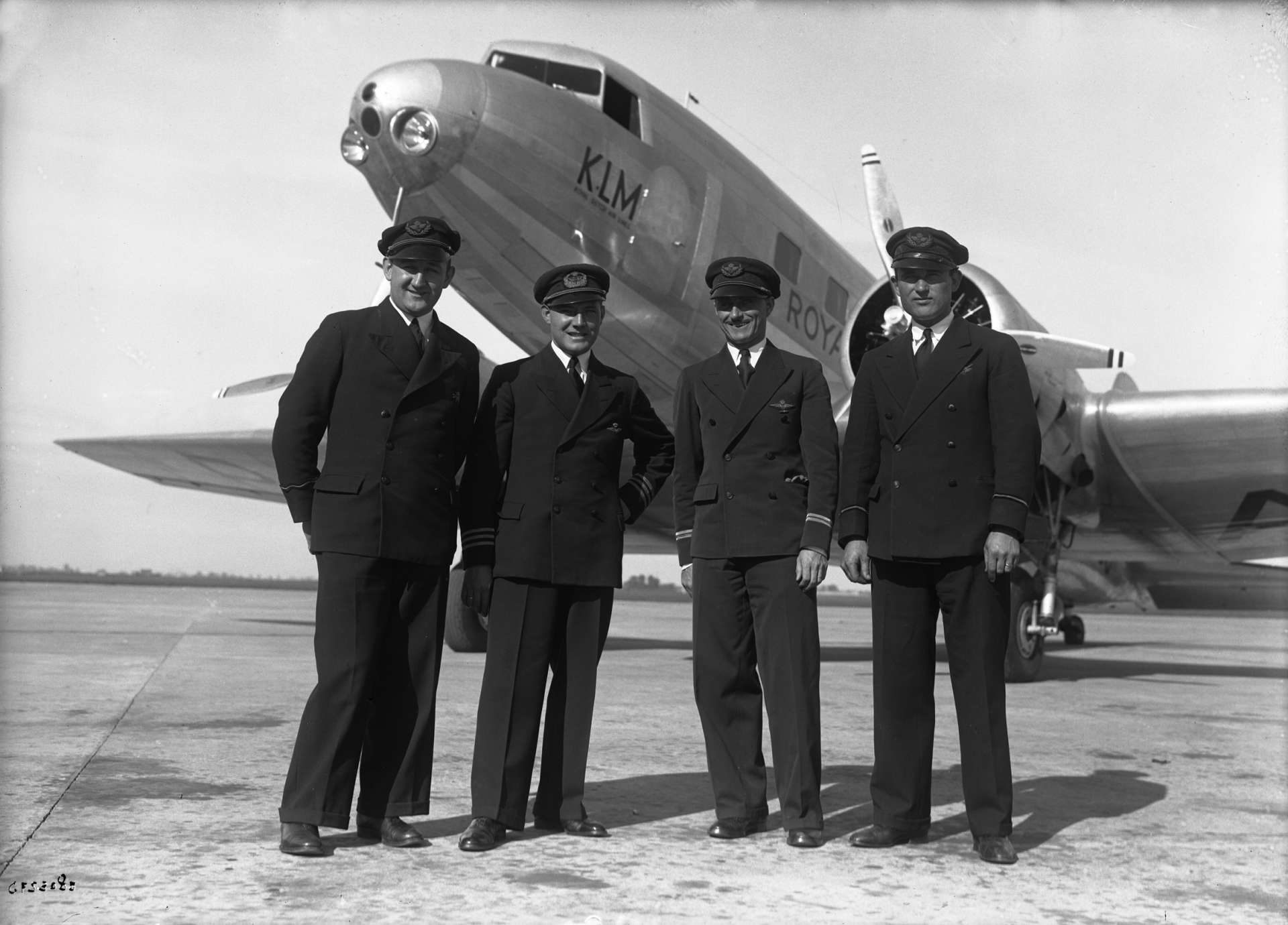Crew of the legendary Uiver airplane, 1934 (KLM).