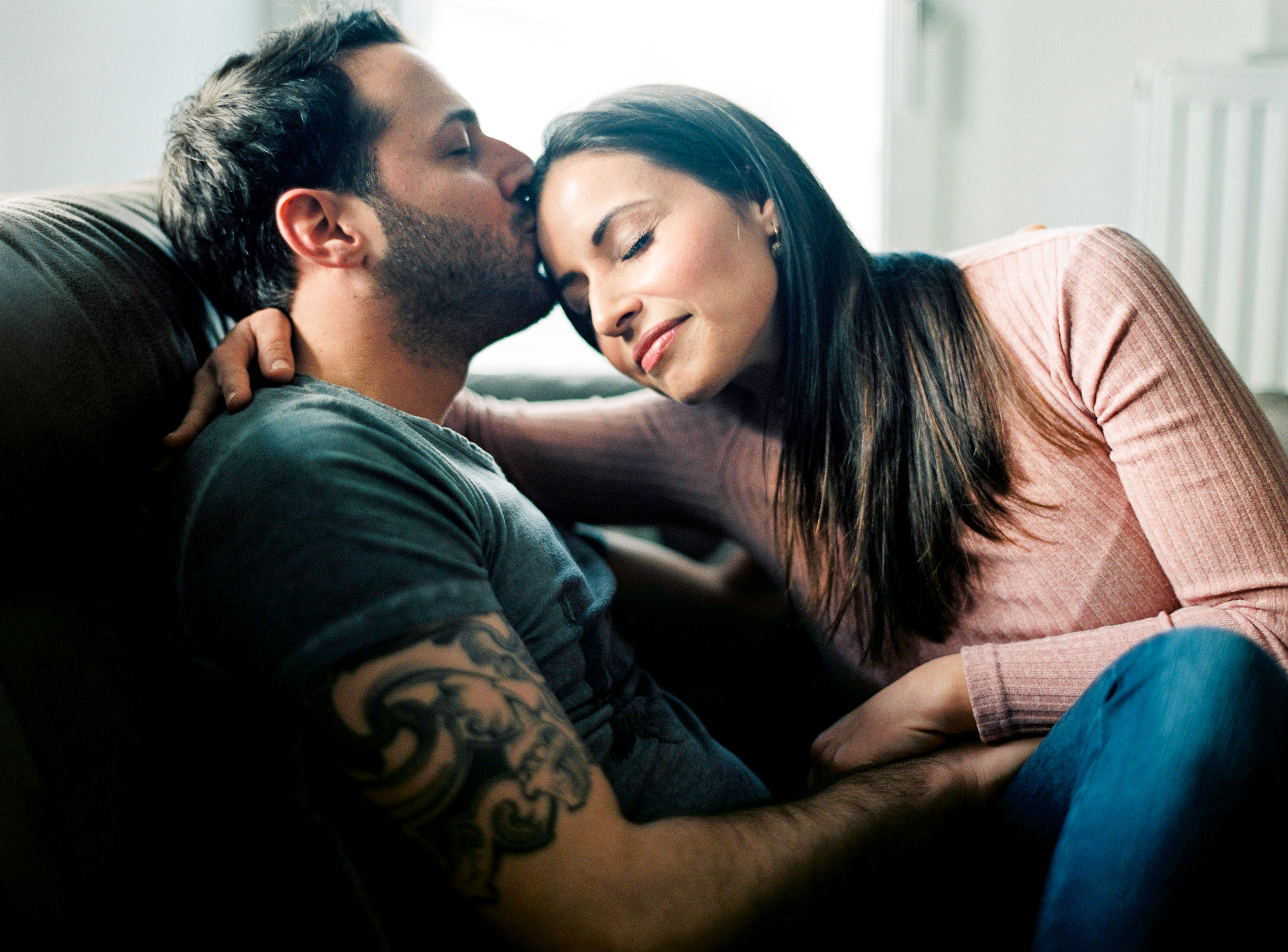 Homesession-engagement-wedding-Theresa-Pewal.jpg