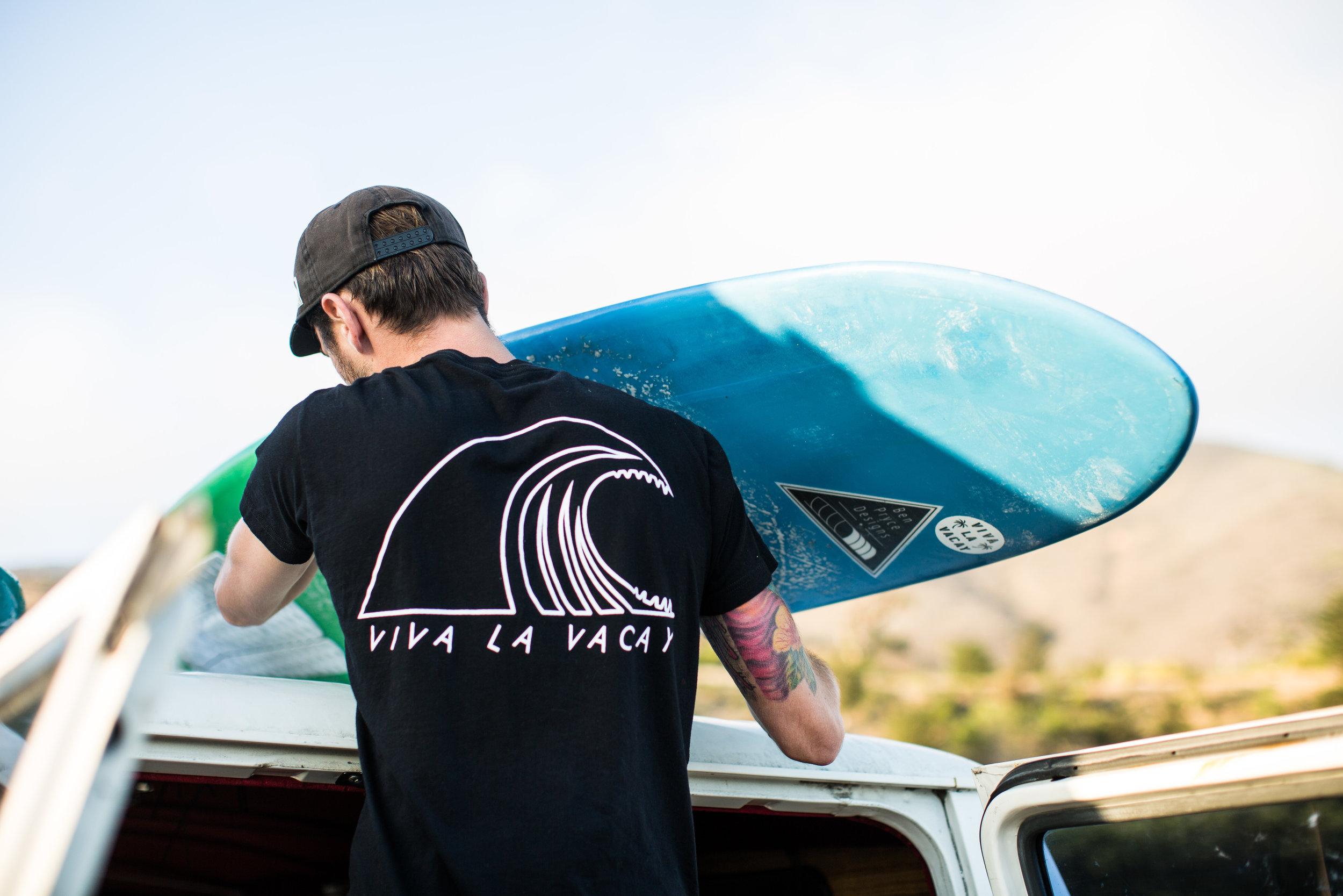 Pulling the quiver down off of Ruby. Photo by Todd Westphal