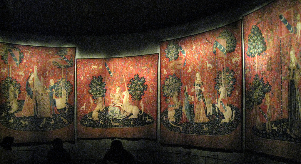 The Lady and the Unicorn tapestries (c.1500), Musée de Cluny / Musée national du Moyen Âge, Paris, France By Spencer Means(Own work) [ CC BY-SA 2.0 ].