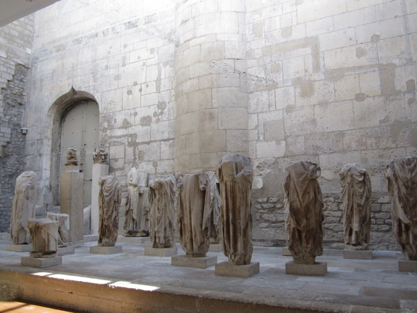 Although I would love to tell you these are the bodies that go with the heads in the previous photo, they aren't. These statues are also from Notre Dame. I think one of them is Saint Stephen. Musée de Cluny / Musée national du Moyen Âge, Paris, France.
