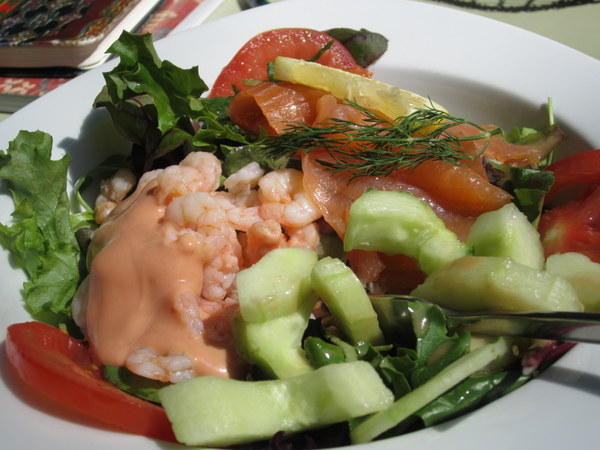 My shrimp, tomato and melon salad with thousand island dressing. It certainly looks good! At Café Richard at the Pavilion de la Fontaine in the Jardin du Luxembourg (Luxembourg Gardens), Paris, France.