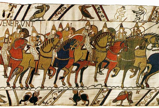 Detail in the Bayeux Tapestry showing the Battle of Hastings, England, 1066. By Unknown Weaver, English (active c. 1080) (Web Gallery of Art:   ImageInfo about artwork) [Public domain], via Wikimedia Commons
