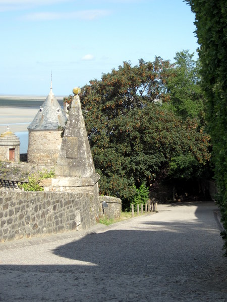 The one street on the island of Mont Saint-Michel going up.