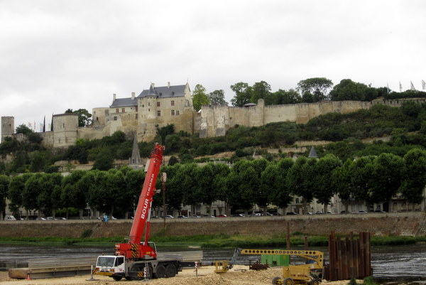 The Chinon Chateau from a view looking east across the river. I think the equipment in the foreground might be for dredging the river.