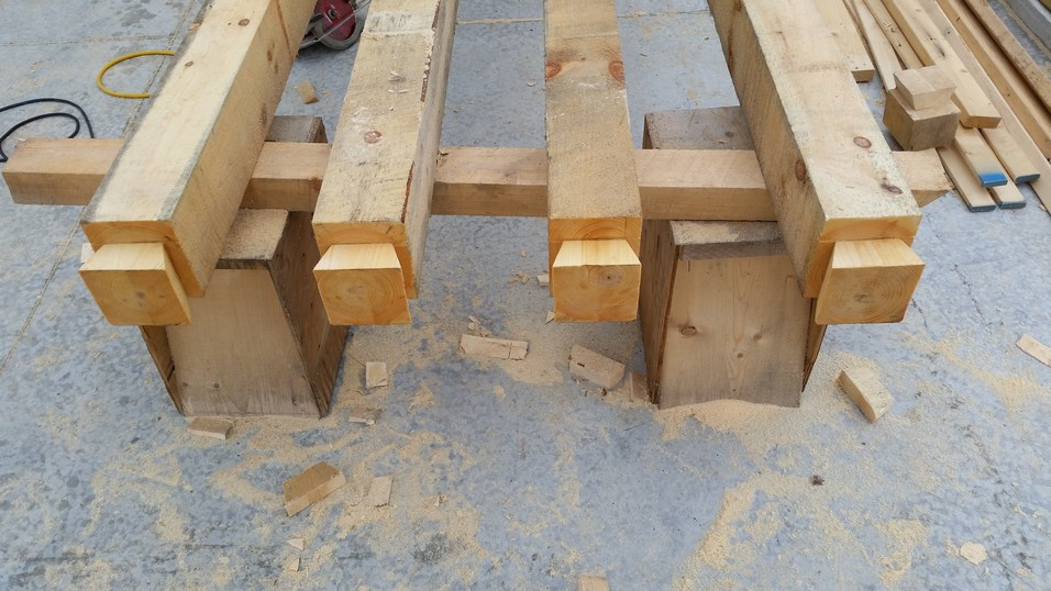 Dovetails on purlin ends