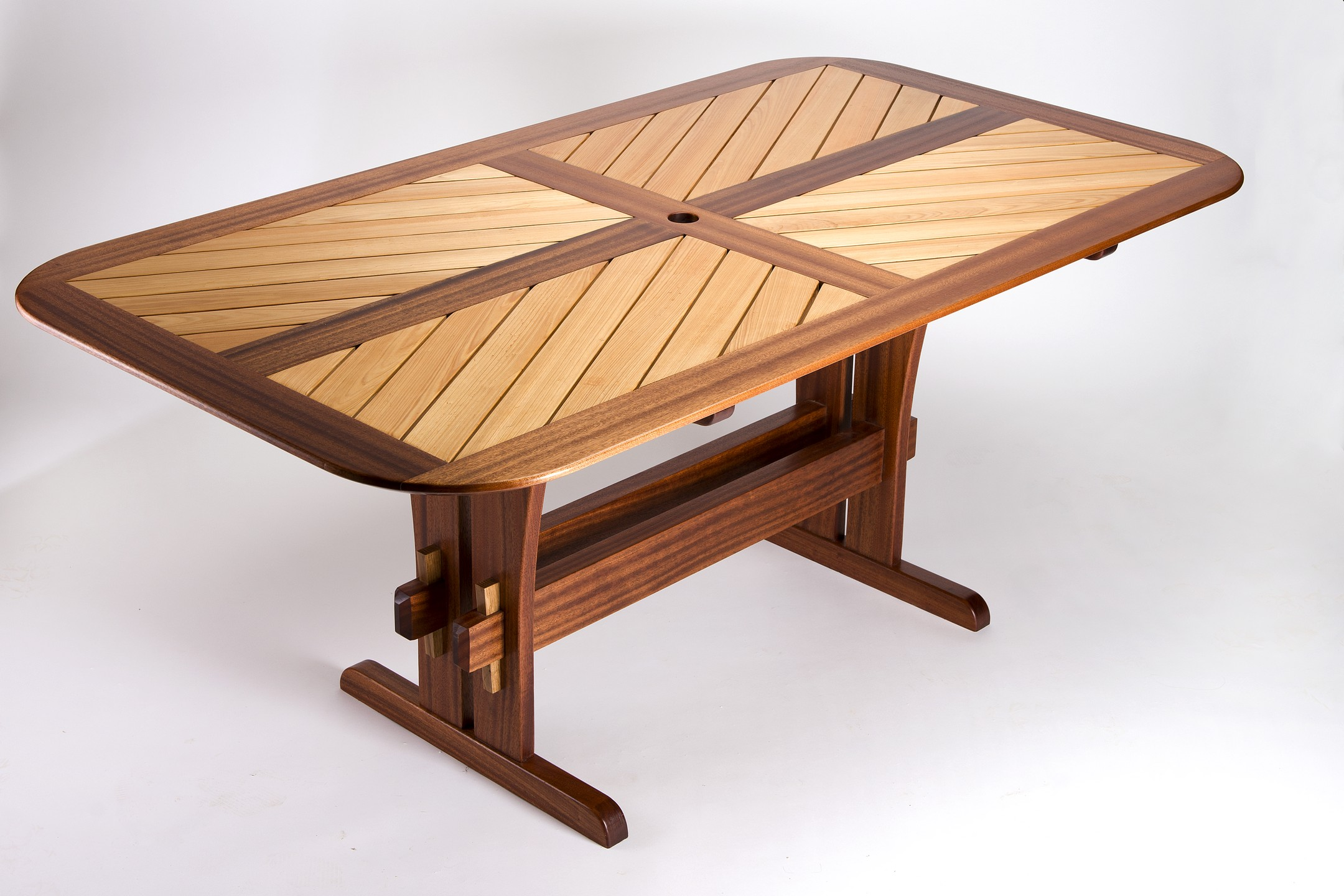 Furniture093.jpg
