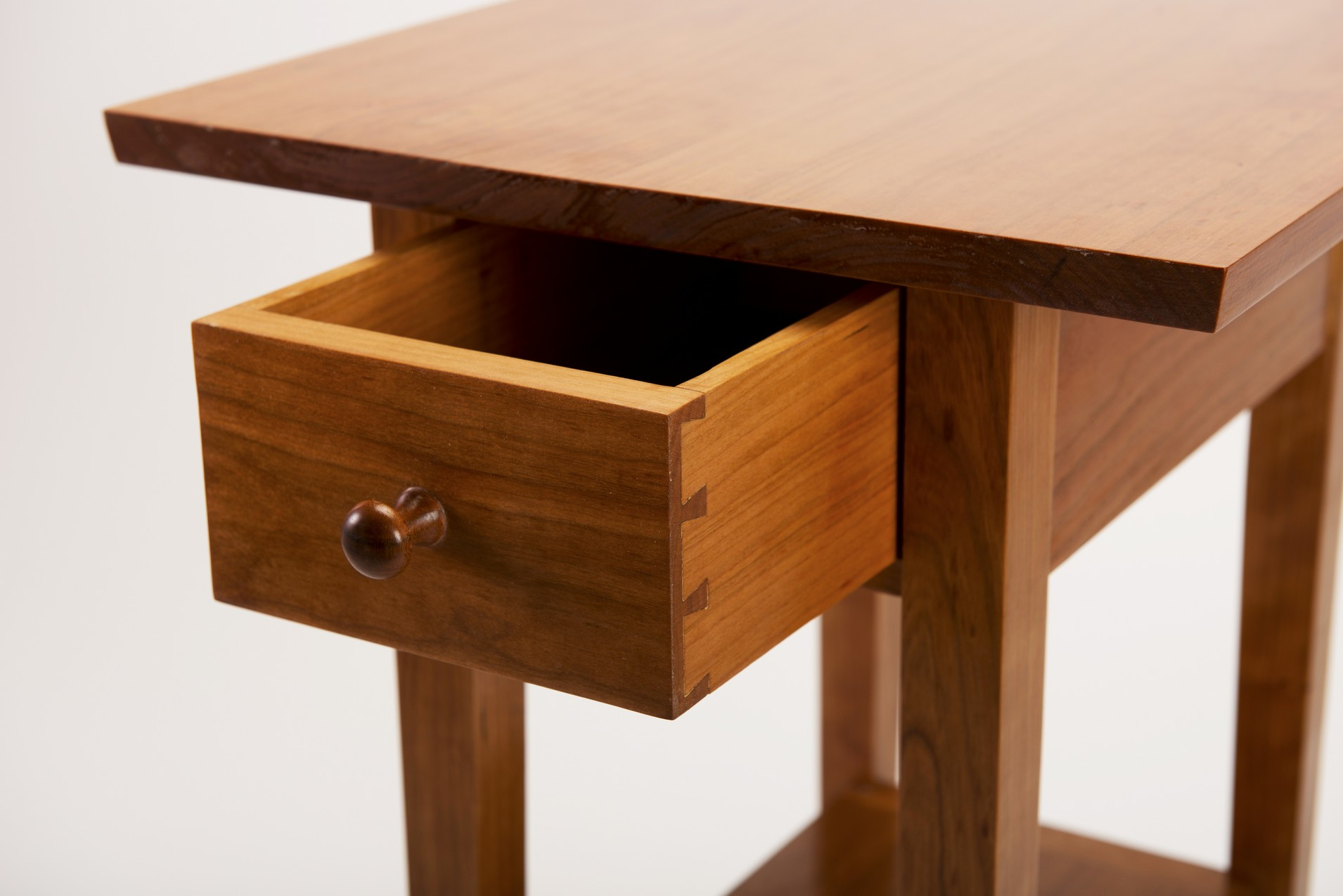 Furniture007.jpg