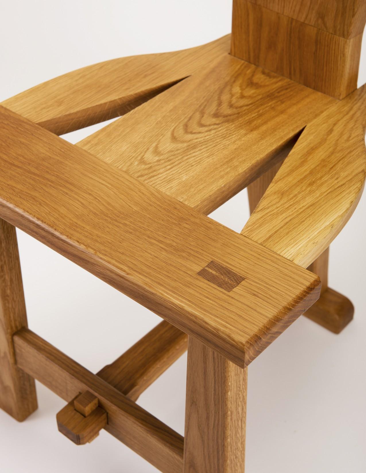 Furniture016.jpg
