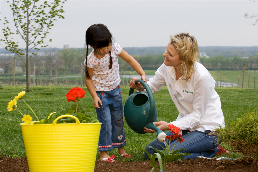 Planting-Flowers-13-Resized-.png