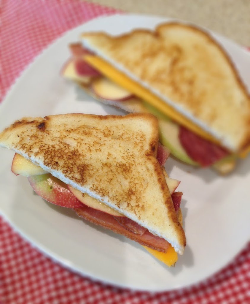 apple-grilled-cheese-246x3001.jpg
