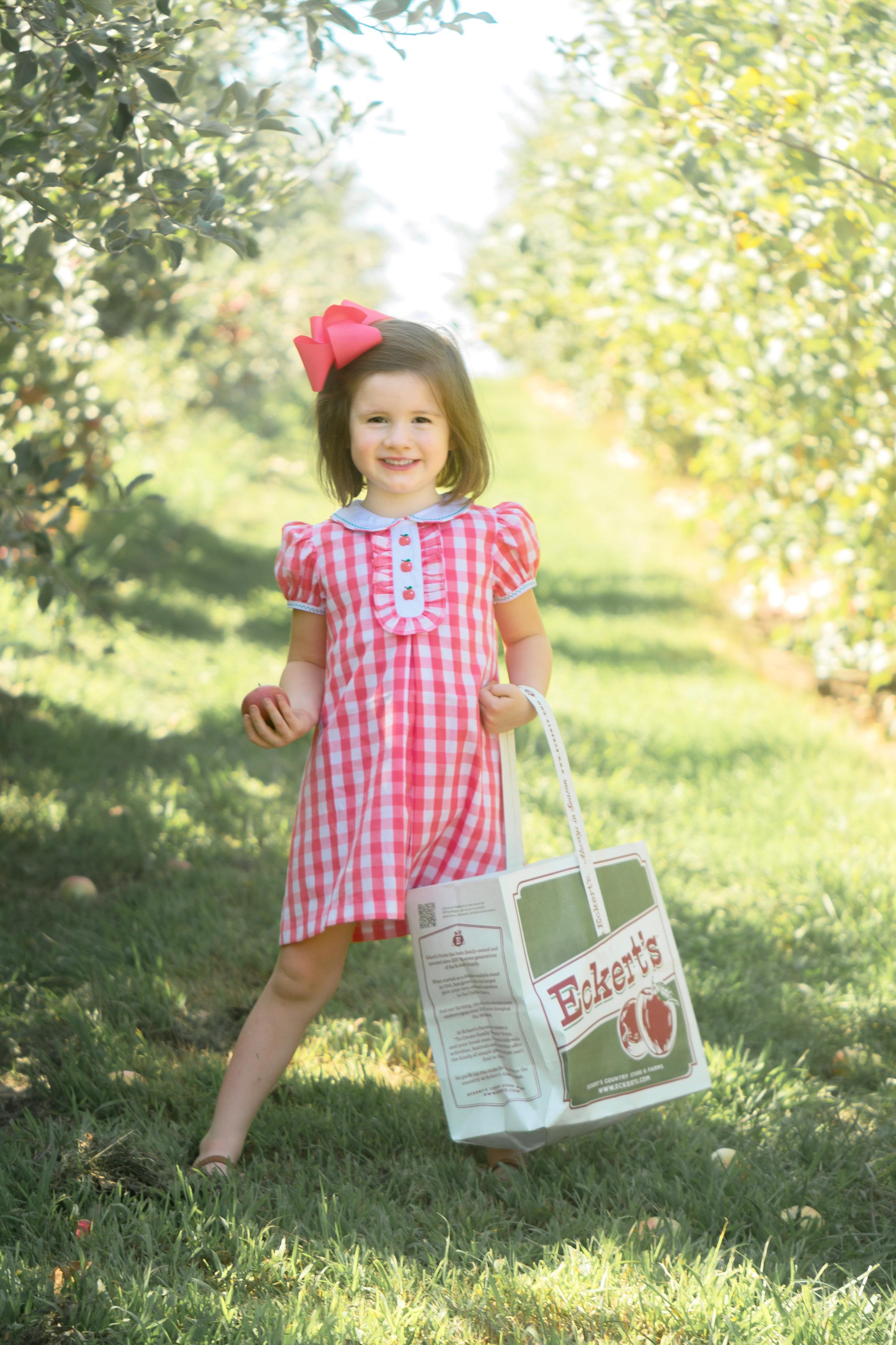 Applebaby3.jpg