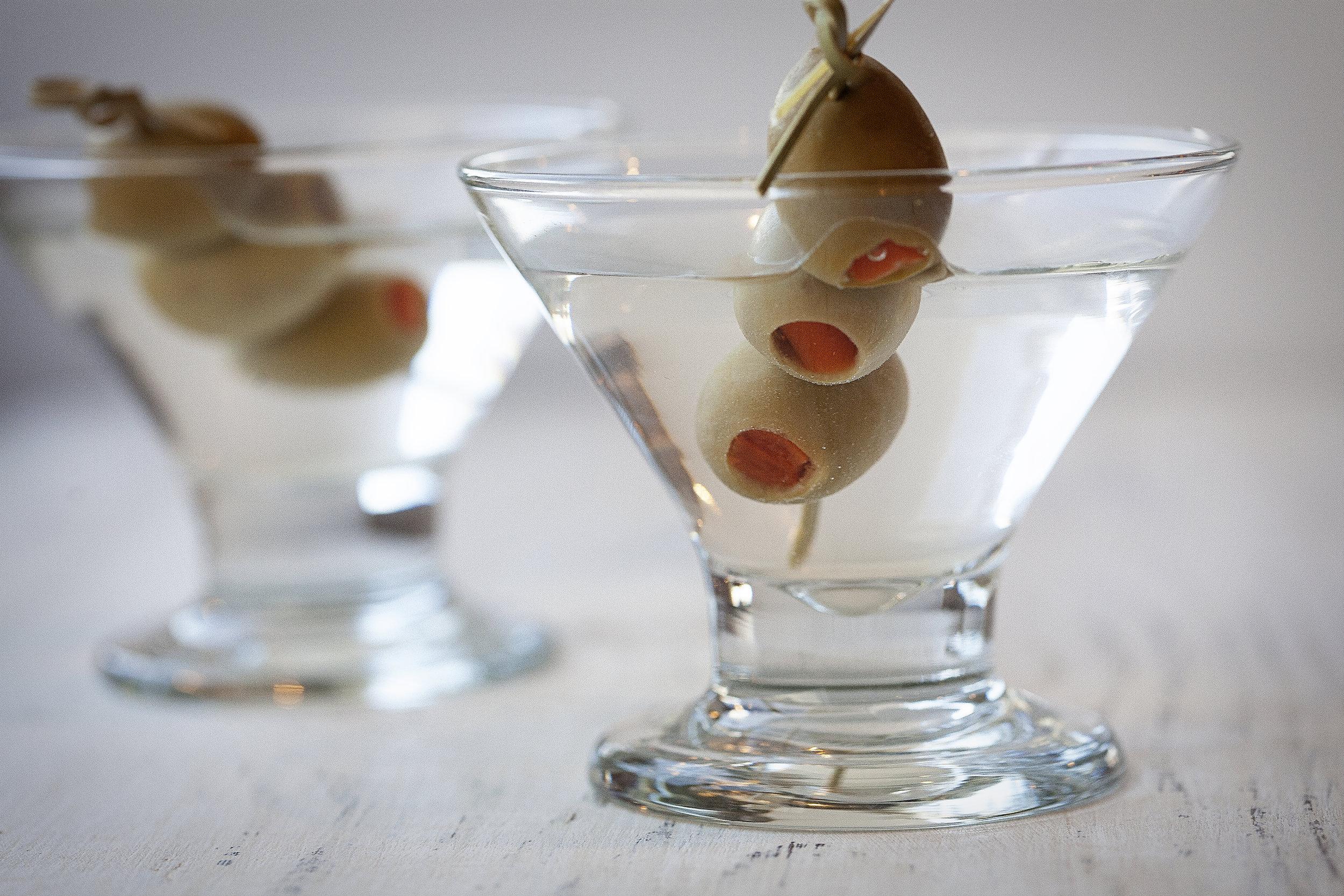 dirty martini close up.jpg