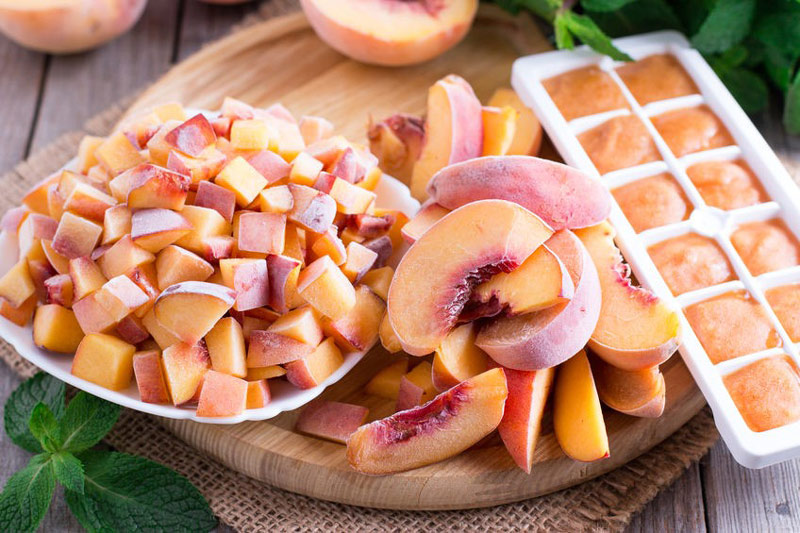 How-to-Blanch-Peaches-1.jpg