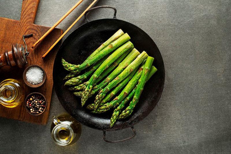 how-to-harvest-asparagus-1.jpg