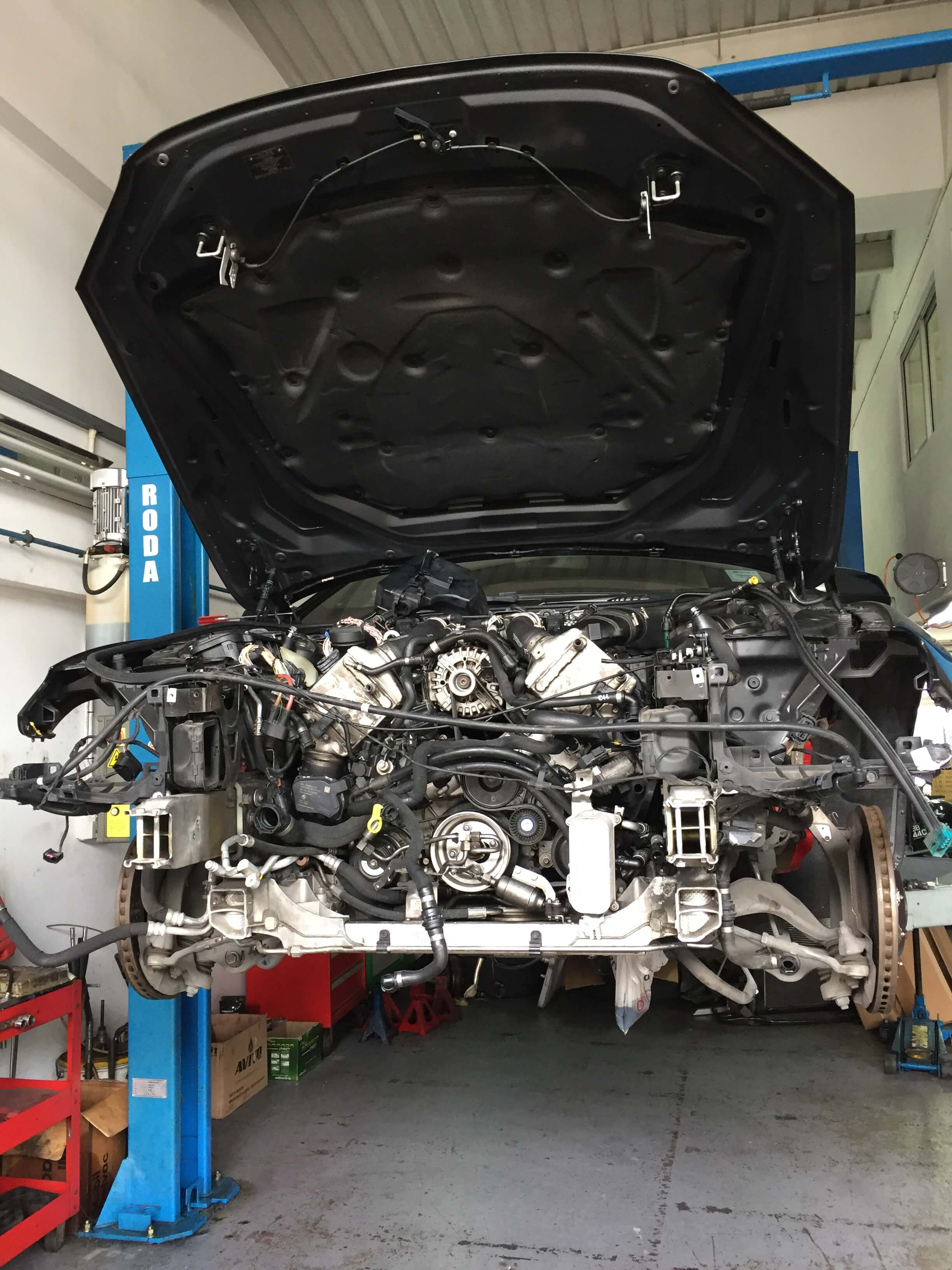 BMW 650i Car Repair