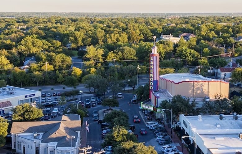 lakewood-theater-from-roof-©Danny-Fulgencio_1050px.jpg