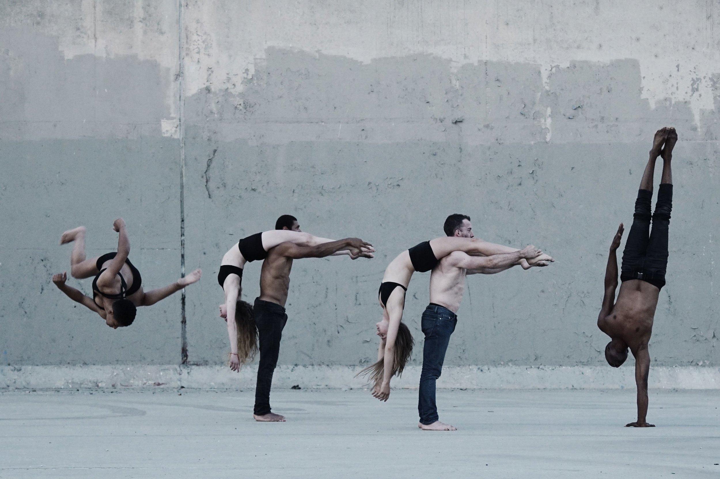 p1_cameras_and_dancers_jacob_jonas_the_company_yatzer.jpg