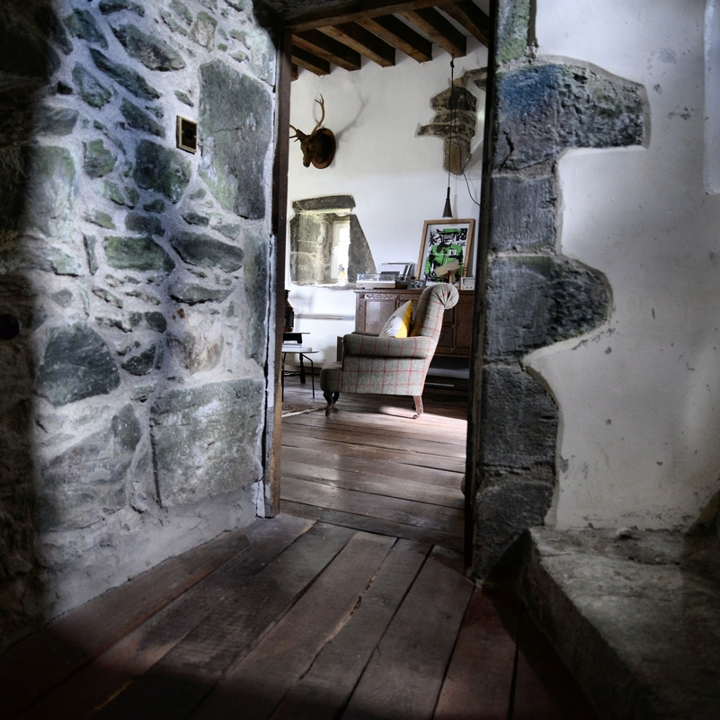 ACCOMMODATION - A Castle, a Country Estate or a Farmhouse
