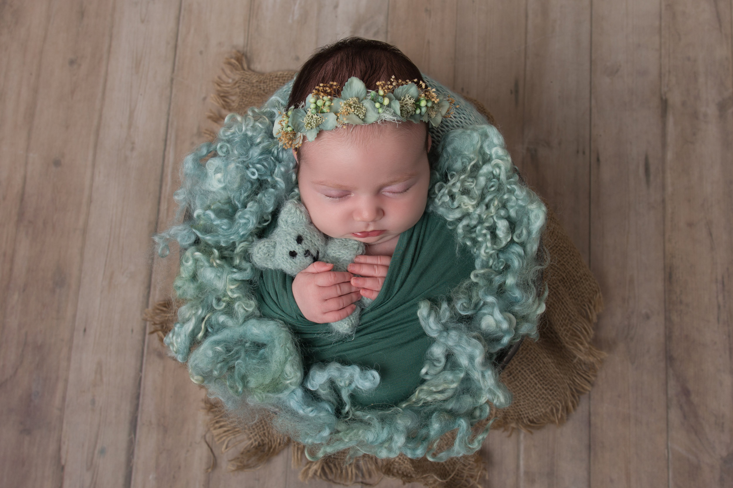 newborn-photography-children-baby-milton keynes-cake-smash-4.jpg