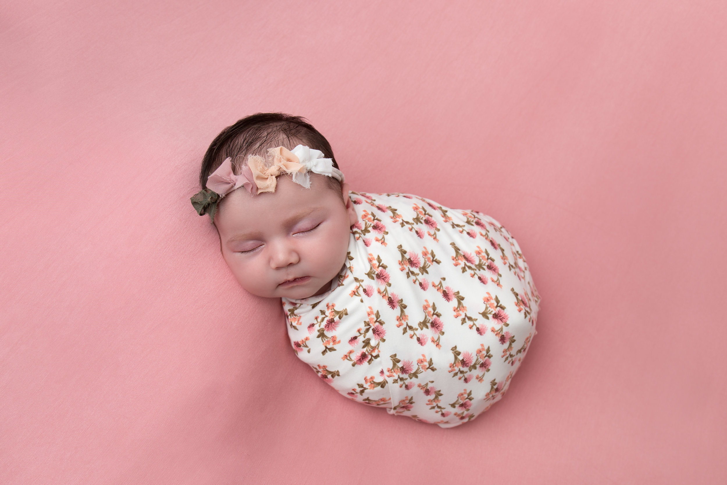 newborn-photography-children-baby-milton keynes-cake-smash-5.jpg