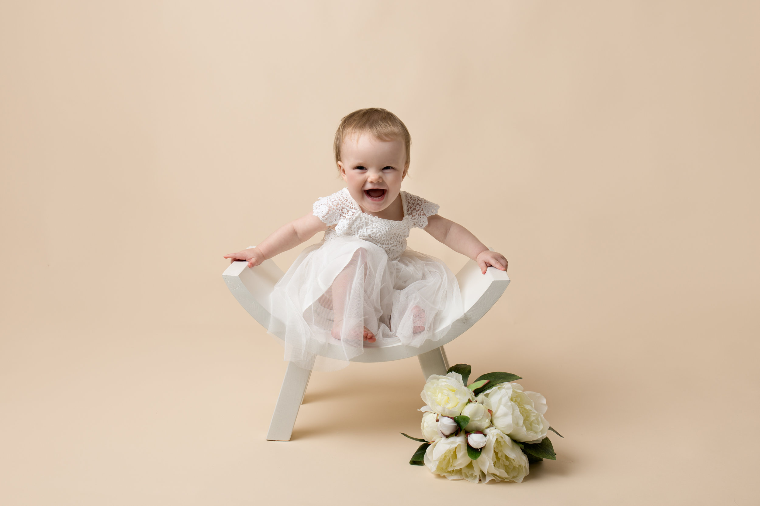 newborn-photography-children-baby-milton keynes-cake-smash-maternity-1-12.jpg