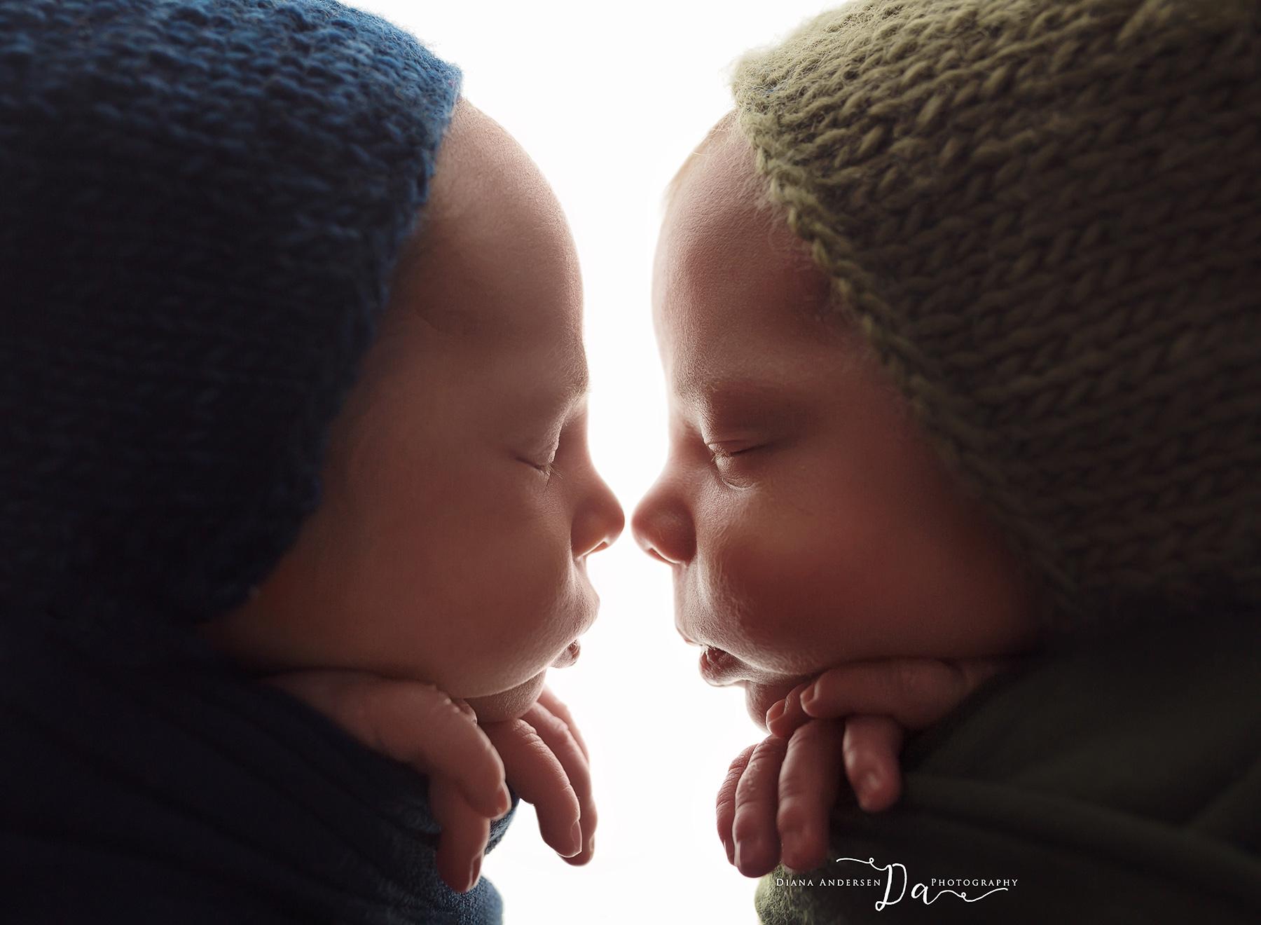 owen-aiden-newborn15-fb.jpg