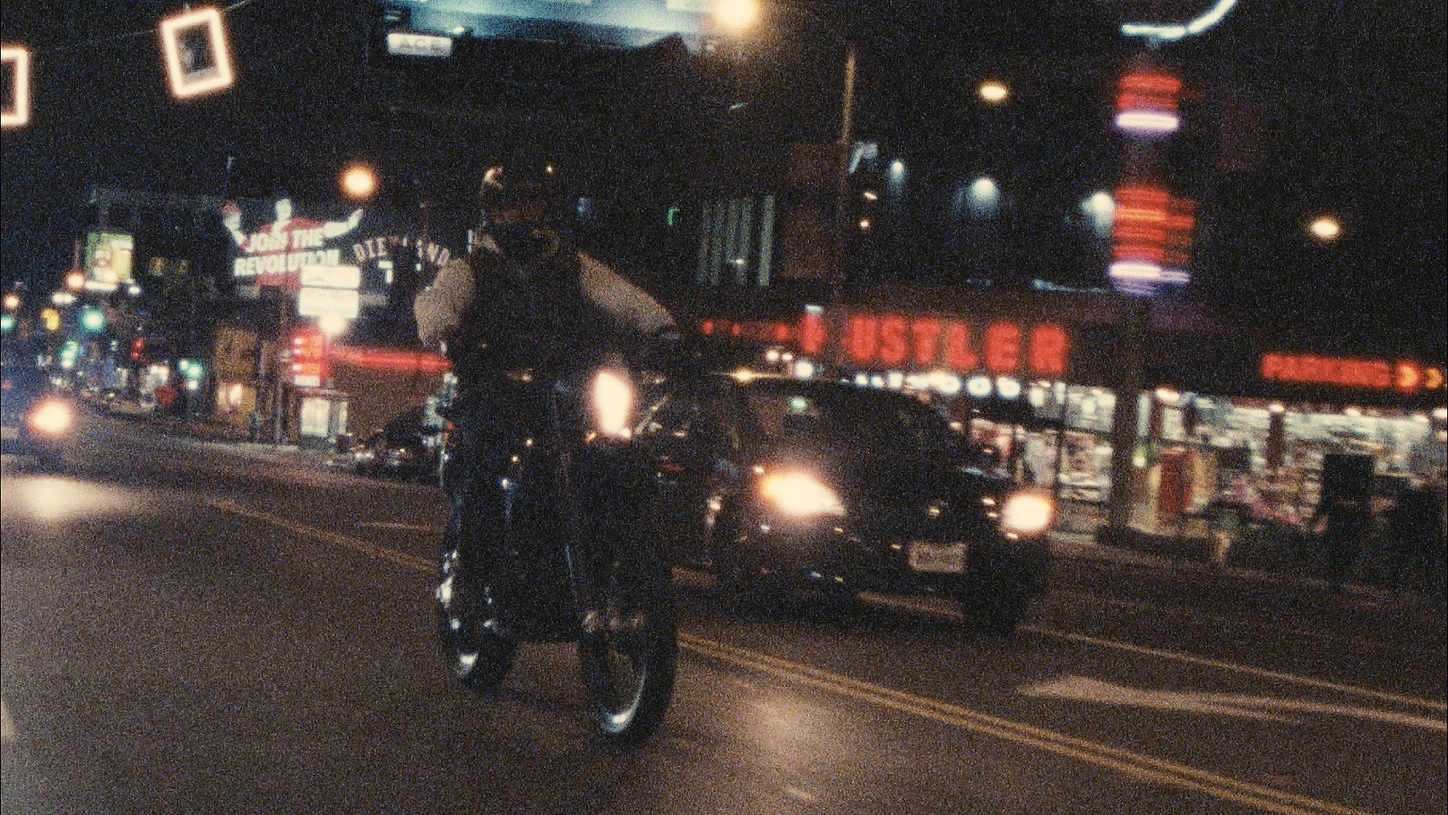 Nightlife - 16mm