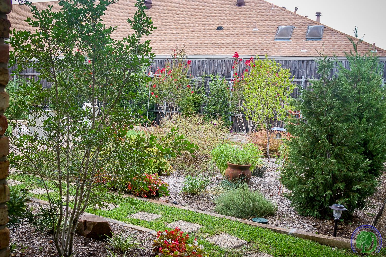 Landscaping-4.jpg