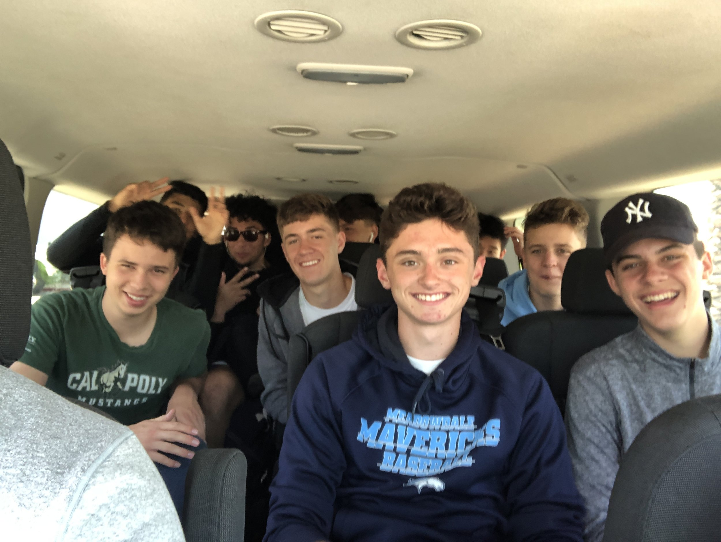 FRI: Van rides were a little cramped, but Los Mavs were all smiles.
