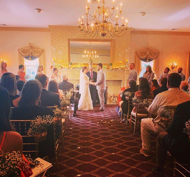 Mr. & Mrs. Berger . . #strasburgwedding #elitewedding #weddingvibes💍 #weddingdj #centralpaweddings #classiccouple #hetearedupalittle #beautifulbrides #weddingphotography #elitedjspa #topnotchvendors #weddinginsporation
