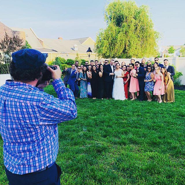 #weddingviews . . #strasburg #centralpaweddings #outoftowners #weddingvibes💍 #groupshot #photographers