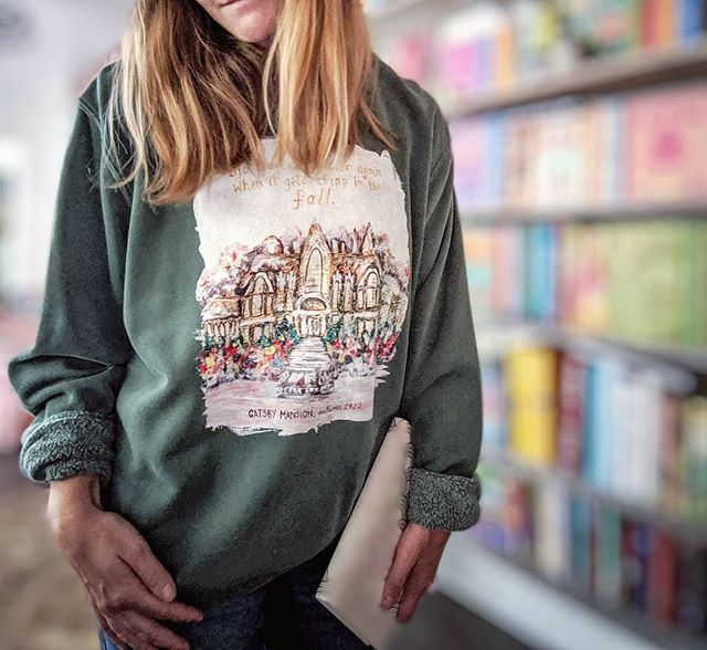 Gatsby Mansion sweatshirt will also be released tomorrow. This sweatshirt is a unisex fit, while the other two are women's fit, so keep that in mind when deciding on what size to order! . . Which one is your favorite?? If I released one more sweatshirt this fall, what would you want it to be? Design, color, style? Tell me your ideal literary sweater weather attire! . . . . . . . #fallfashion #fallreading #fallwhereyouat #falliscoming #fallreads #autumnvibes🍁 #anneofgreengables #lmmontgomery #sweetbookishandanne #libraryselfie #librarylife #homelibrary #homebeautiful #homelibrarygoals #homeart #darlinghome #bookishhome #bookishlife #bookishart #bookishallure #bookstagram