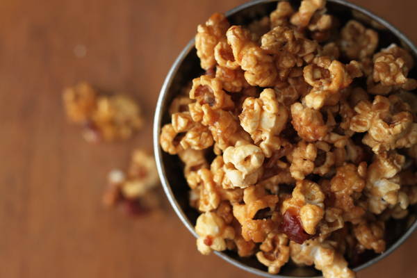 bourbon-bacon-caramel-popcorn-recipe.jpg