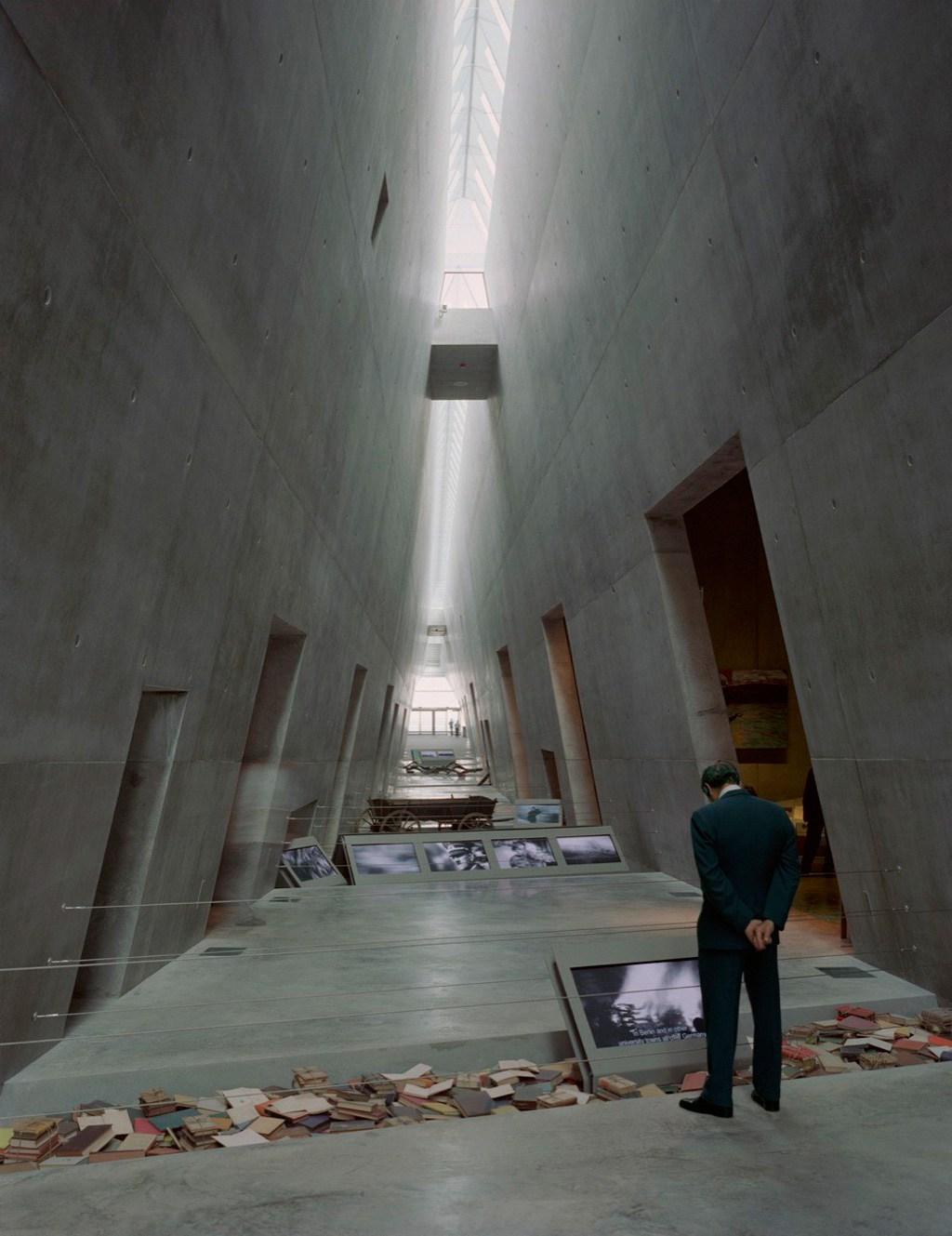 Yad-Vashem-Holocaust-Museum-Timothy-Hursley-1.jpg