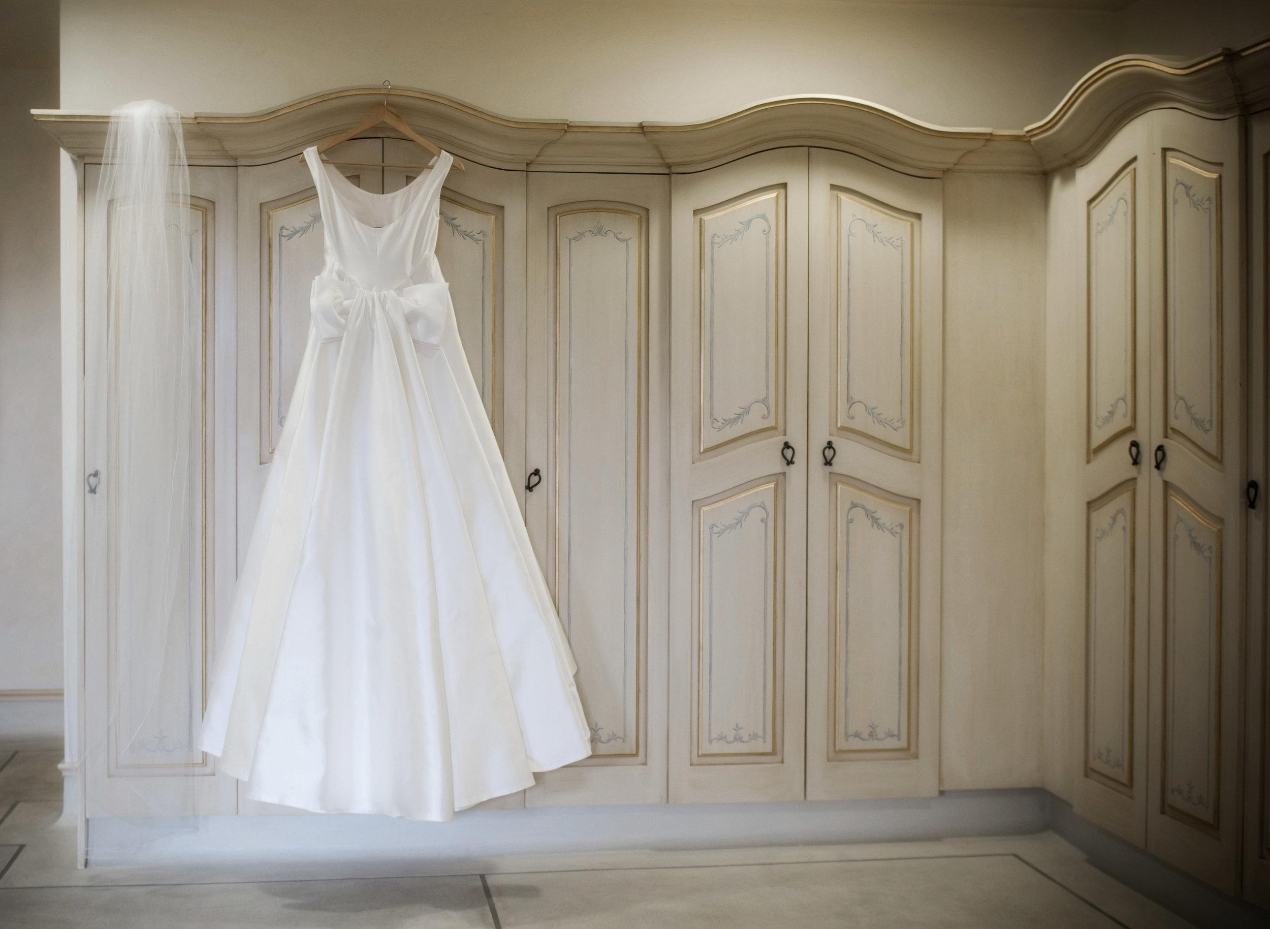 sara - silk mikado - Christchurch bride - Tracey Allsop Photography