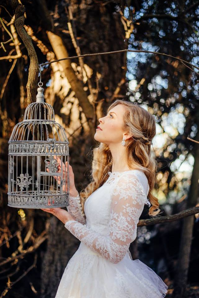 model wears vintage lace 50s gown - styled forest shoot - North Canterbury bride - Johanna Macdonald Photography