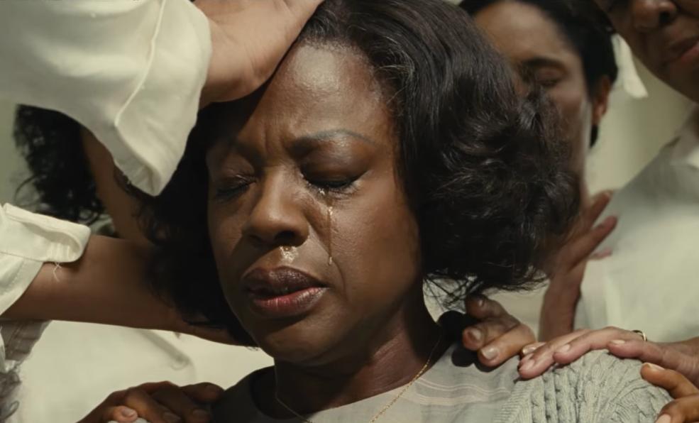 A screenshot from a scene Davis performs in.
