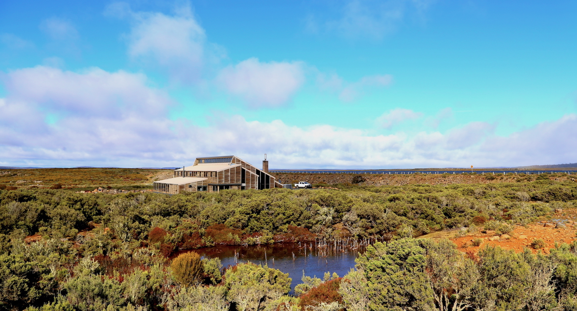 Thousand Lakes Lodge exterior